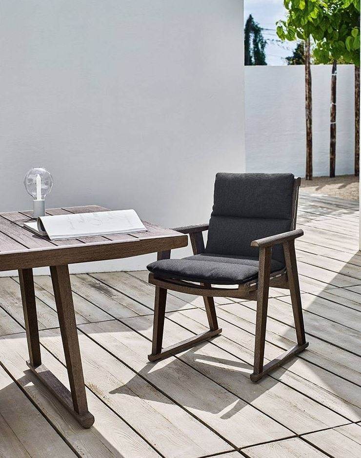 b b italia outdoor gio dining chair products minima. Black Bedroom Furniture Sets. Home Design Ideas